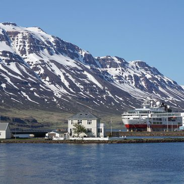 Oost IJsland, de weg is het doel