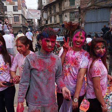 Holi festival en Stoepa's in Katmandu